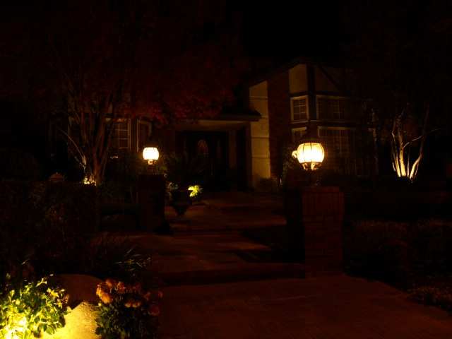 Landscape Lighting Oak Park Entrance
